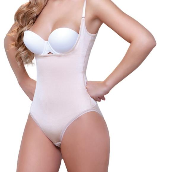 Vedette Open Bust Bodysuit w// Lace Trim